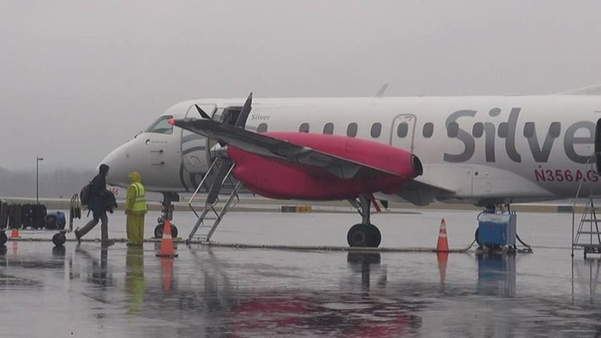 Morgantown Municipal Airport offers discounted flight rates through United Express Silver Airways.