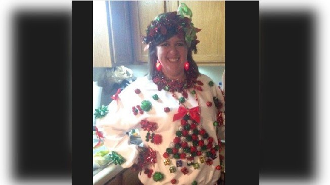 Courtesy: http://www.today.com/holidayguide/ho-ho-no-todays-horrible-holiday-sweater-contest-2D11732675
