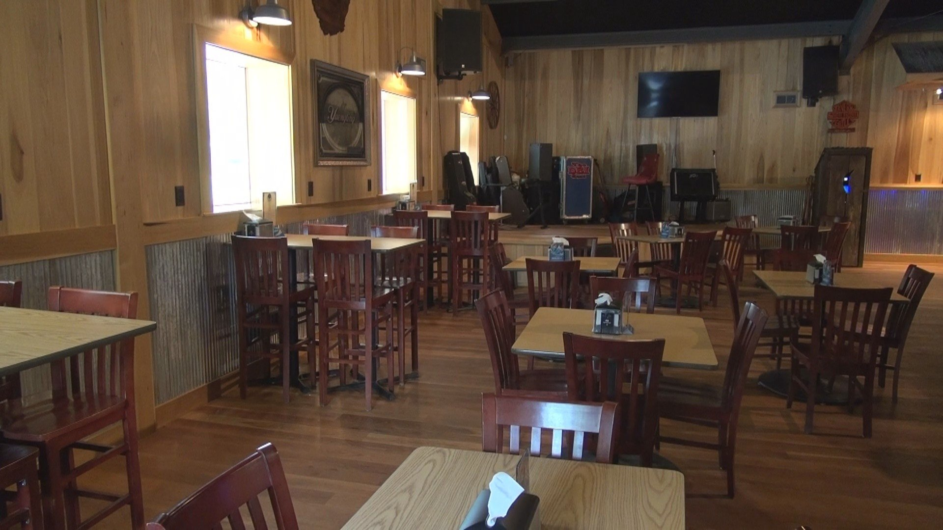 White Front Tavern And Grill